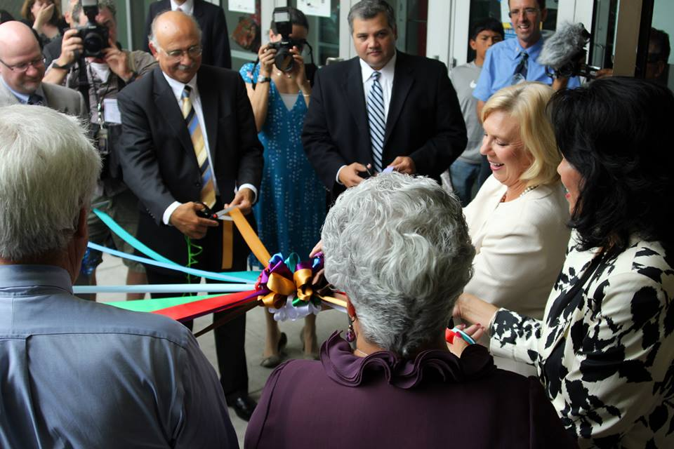 Coastal Compass Celebrates Grand Opening with Ribbon Cutting